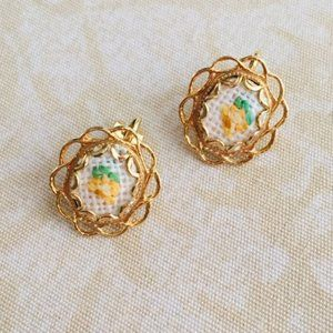 Darling Gold-Tone Floral Clip Earrings!